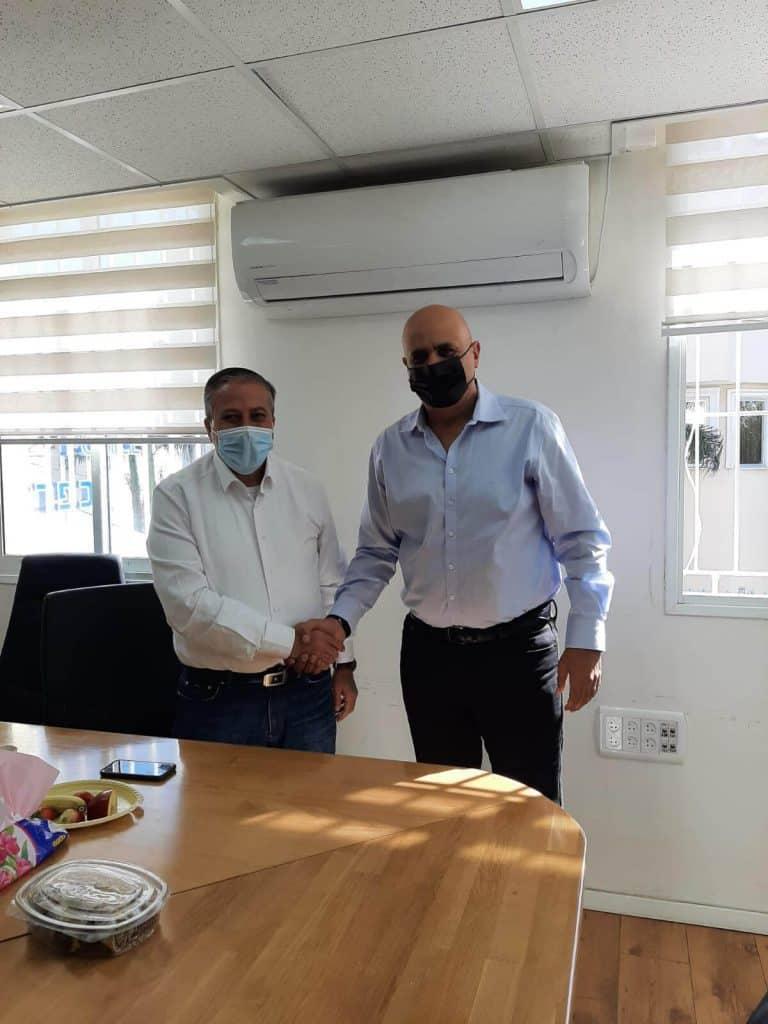 מפגש של נחמיה רייבי עם ראש עיריית כפר קאסם
